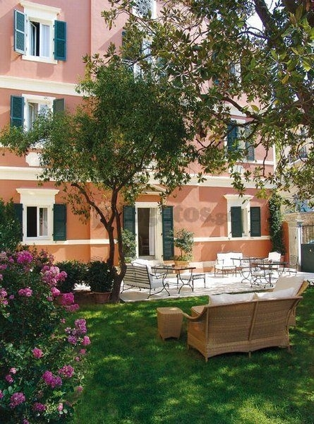 (For Sale) Residential/Maisonette || Corfu (Kerkira)/Corfu-Chora (Kerkira) - 175,00Sq.m, 4Bedrooms, 250.000€