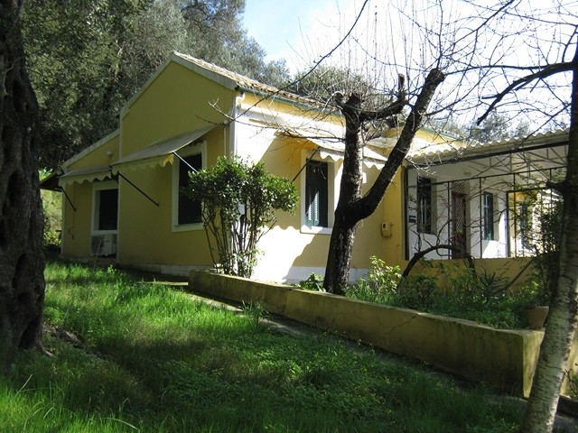(For Sale) Residential/Apartment || Corfu (Kerkira)/Corfu-Chora (Kerkira) - 102,00Sq.m, 3Bedrooms, 255.000€